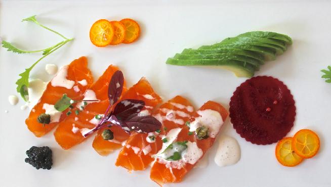 smoked-salmon-plate